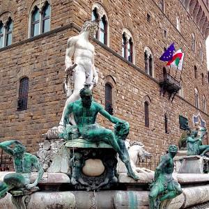 neptune-fountain-florence Palazzo Vecchio and Piazza della Signoria - neptune fountain florence 300x300 - Palazzo Vecchio and Piazza della Signoria